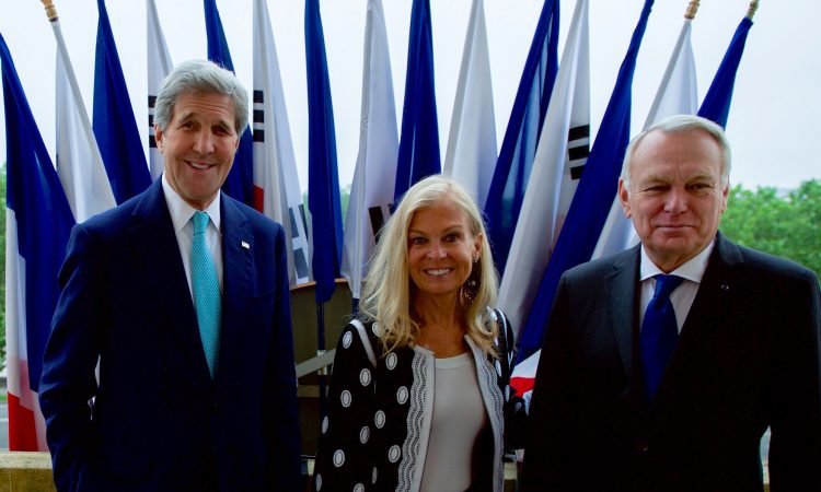 Secretary Kerry, U.S. Ambassador to France Jane D. Hartley and French Minister of Foreign Affairs Jean-Marc Ayrault (DOS photo)